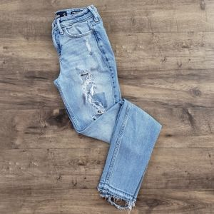 Hollister Distressed Low Rise Super Skinny Jean's